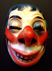 Happy clown mask.